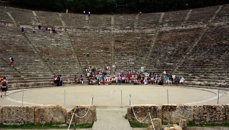 Anfiteatro antigo de Epidaurus em Peloponnese, Grécia fotos de stock
