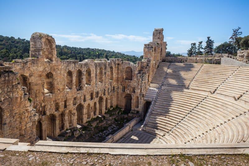 Anfiteatro antigo do teatro do atticus dos herodes da acrópole de Ath fotografia de stock