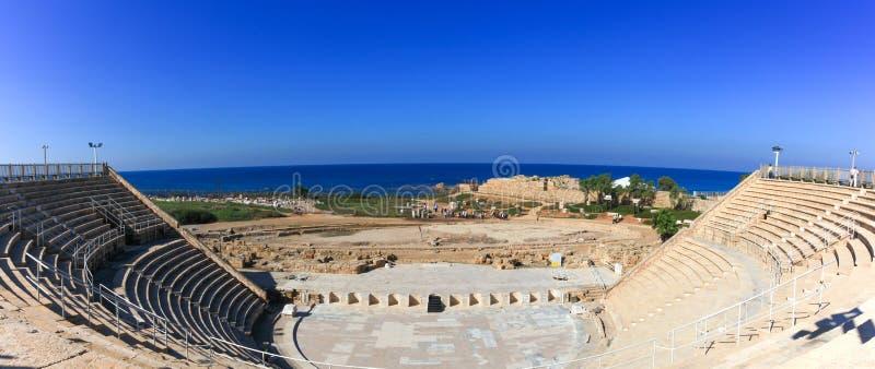 Anfiteatro construído nos tempos do rei Herodes fotos de stock