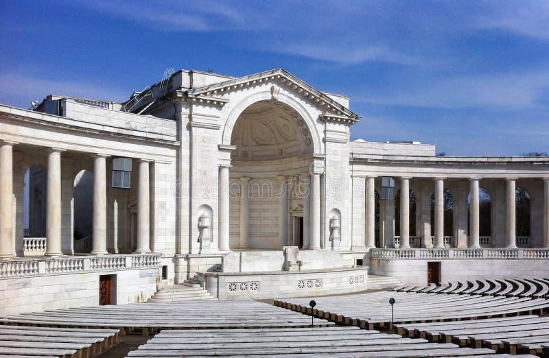 Anfiteatro del memoriale del cimitero nazionale di Arlington fotografie stock