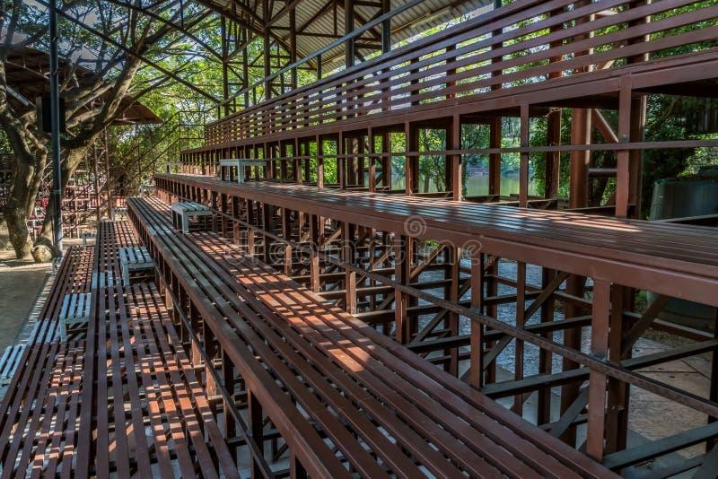 Anfiteatro do metal de Brown fotografia de stock royalty free