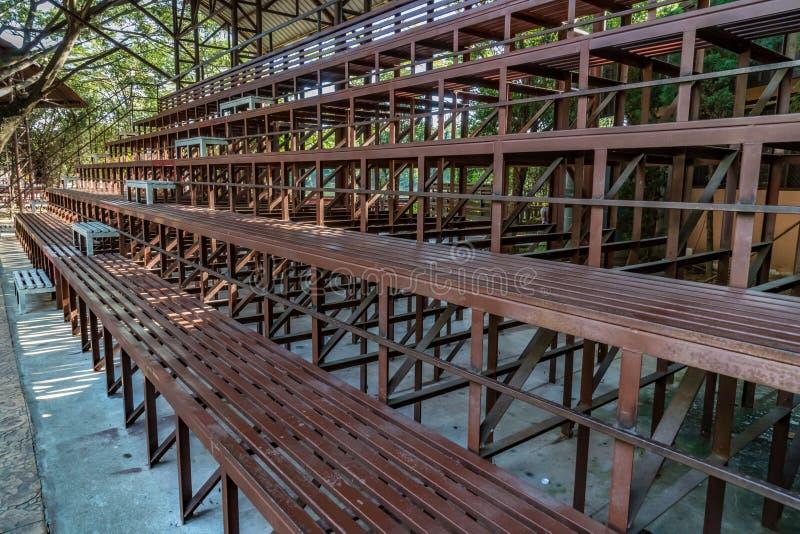 Anfiteatro do metal de Brown fotos de stock
