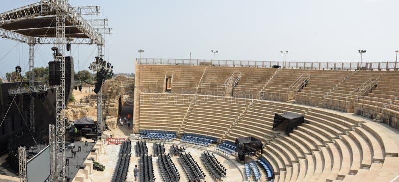 Anfiteatro em Caesarea, Israel foto de stock