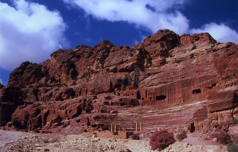 Anfiteatro en el Petra imagen de archivo