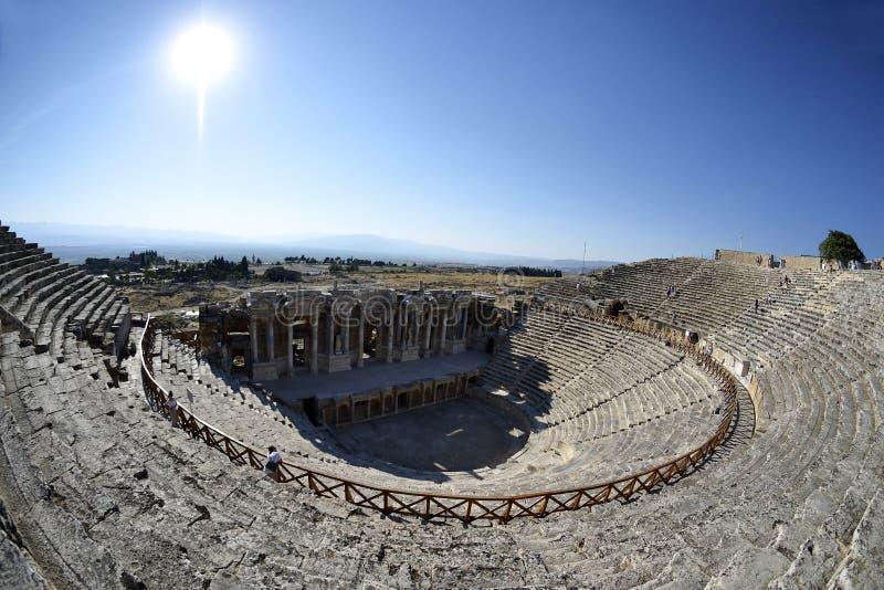 Anfiteatro nos hierapolis, Pamukkale - Turquia. imagens de stock royalty free