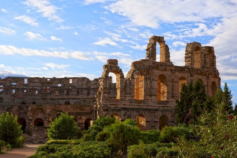 Anfiteatro romano antiguo en el EL Jem, Túnez fotos de archivo