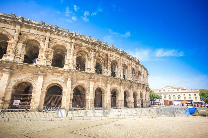 Anfiteatro romano em Nimes, Provence imagem de stock royalty free