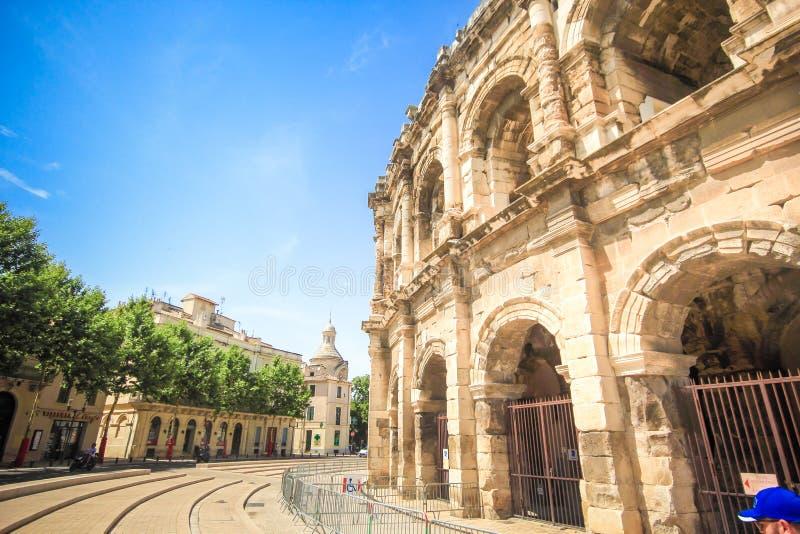 Anfiteatro romano em Nimes, Provence imagens de stock