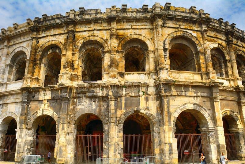 Anfiteatro romano, Nimes, França foto de stock