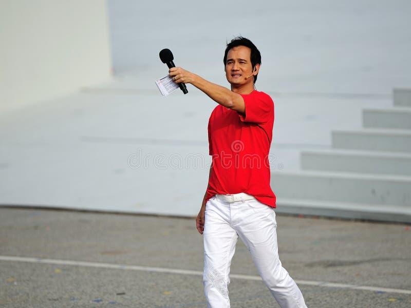 Download Anfitrião Gurmit Singh Do Evento Em NDP 2012 Imagem de Stock Editorial - Imagem de ator, fale: 26521619