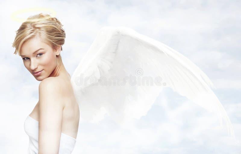 Ange dans le ciel image libre de droits