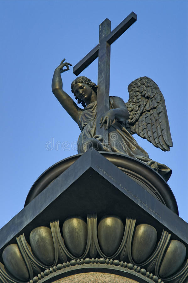 Ange placé sur Alexander Column images stock