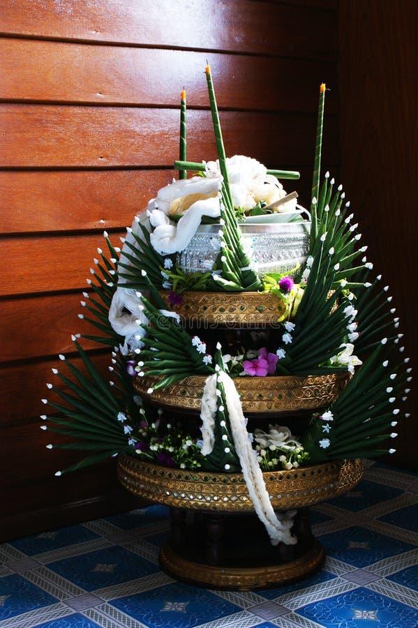 Angebotsockel des thailändischen traditionellen Reises stockbilder