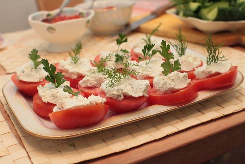 Angefüllte Tomaten lizenzfreies stockfoto