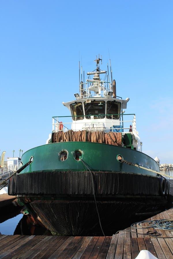 Angekoppeltes Boot bei Redondo, das Kalifornien in der Los Angeles County, Kalifornien, Vereinigte Staaten landet lizenzfreies stockfoto