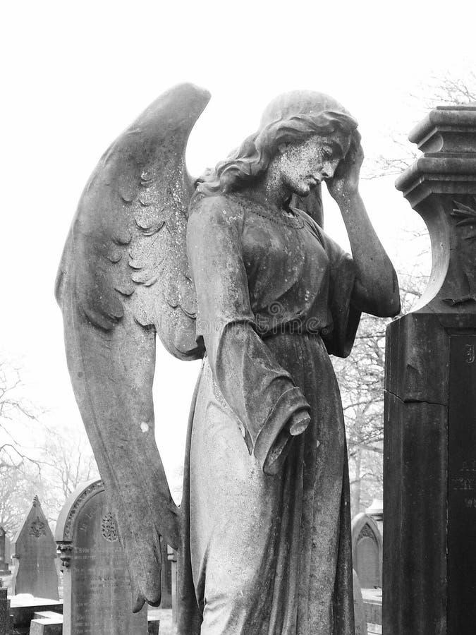 Angel Gravestone imágenes de archivo libres de regalías