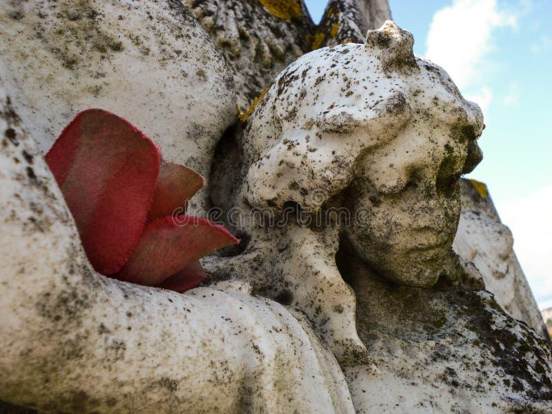 Angel Headstone découpé photo stock