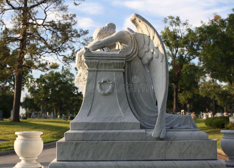 Angel Headstone triste fotografia stock libera da diritti