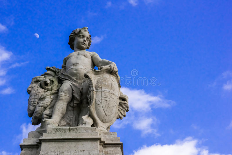 Angel Statue på Buckingham Palace royaltyfri bild