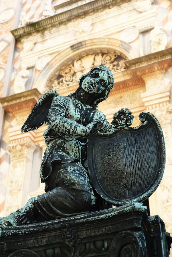 Angel Statue in Santa Maria Maggiore Cathedral stock afbeeldingen