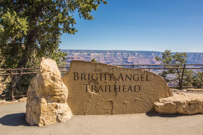 Angel Trailhead Monument intelligent chez Grand Canyon images stock