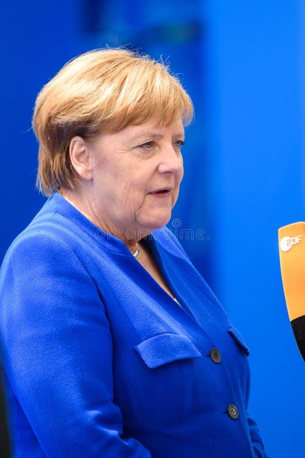 Angela Merkel, canciller de Alemania, durante llegada a la CUMBRE de OTAN 2018 foto de archivo libre de regalías