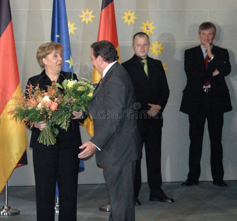 Angela Merkel, Gerhard Schroeder stockfotos
