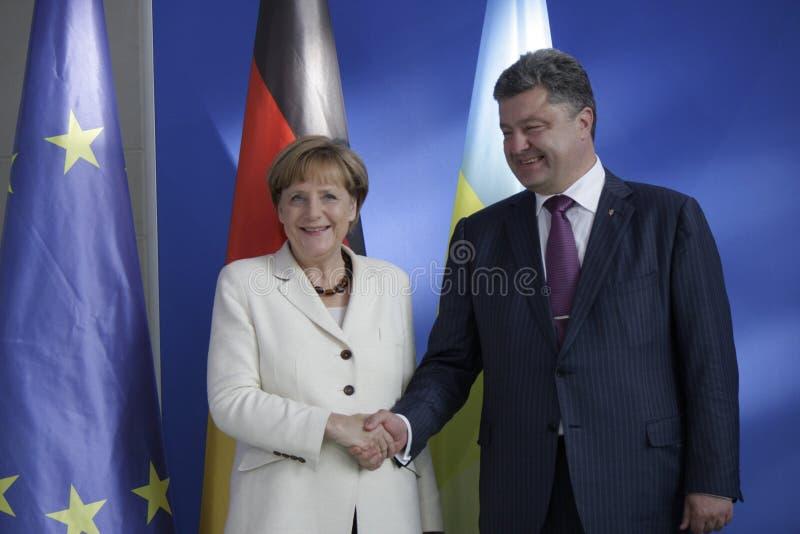 Angela Merkel, Petro Poroshenko imagens de stock