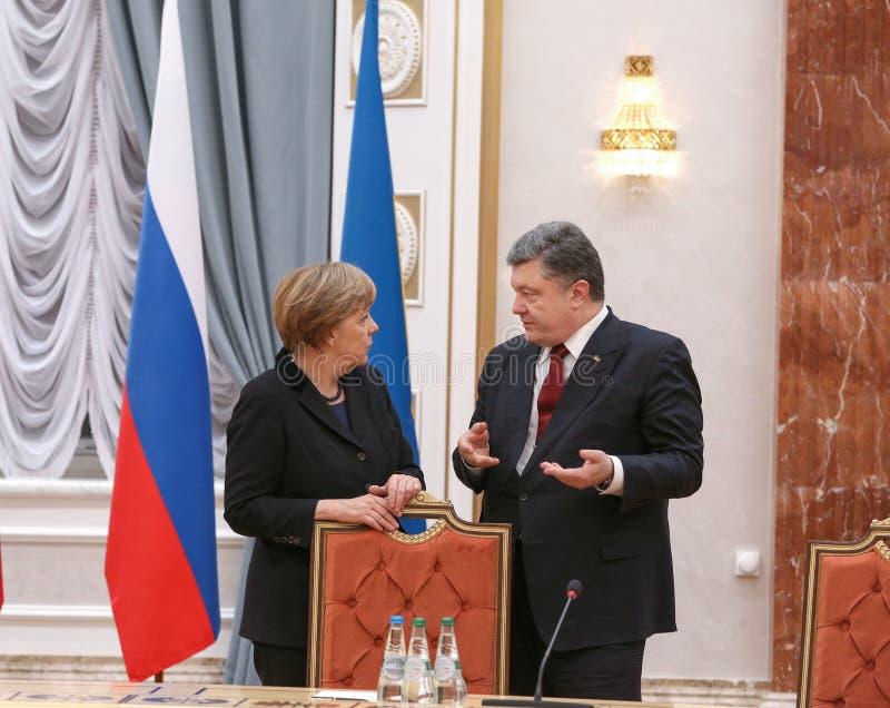 Angela Merkel und Petro Poroshenko lizenzfreie stockbilder