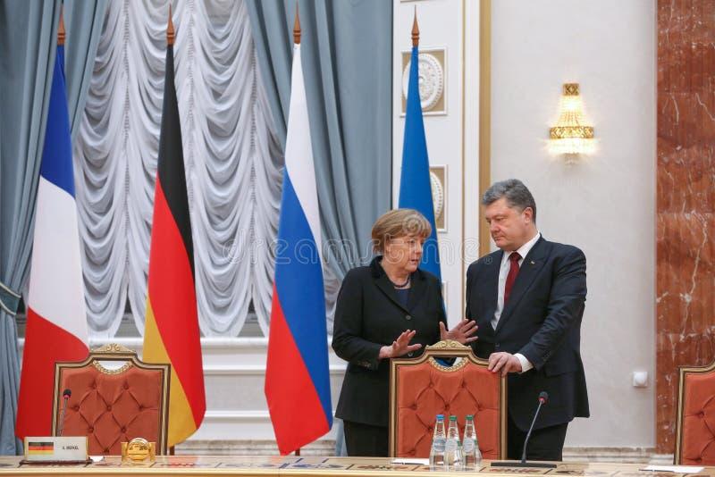 Angela Merkel und Petro Poroshenko stockbild