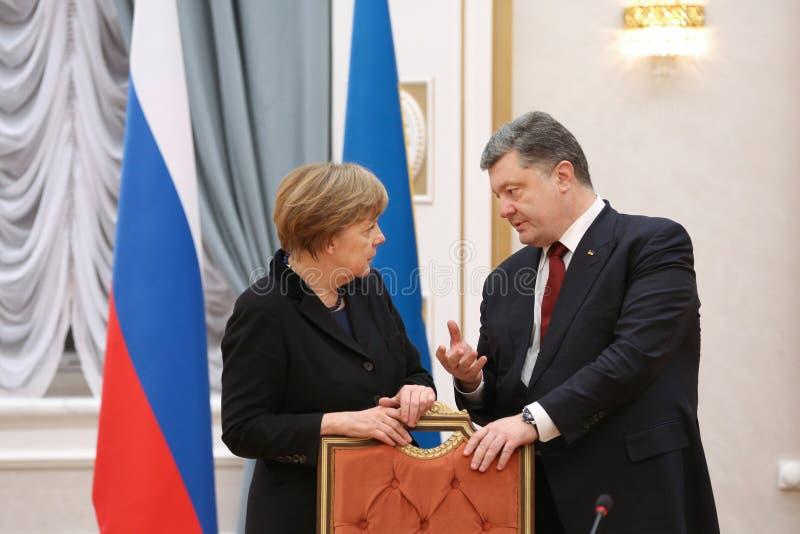 Angela Merkel und Petro Poroshenko lizenzfreies stockfoto