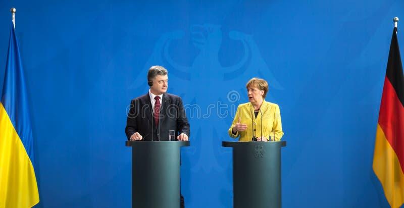 Angela Merkel und Petro Poroshenko stockfoto