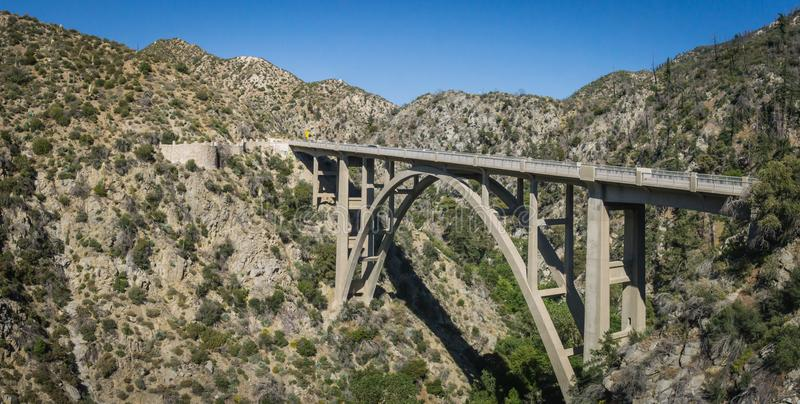 Angeles Forest Bridge Panorama View photographie stock
