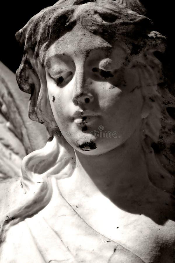 Angelo in bianco e nero fotografia stock libera da diritti