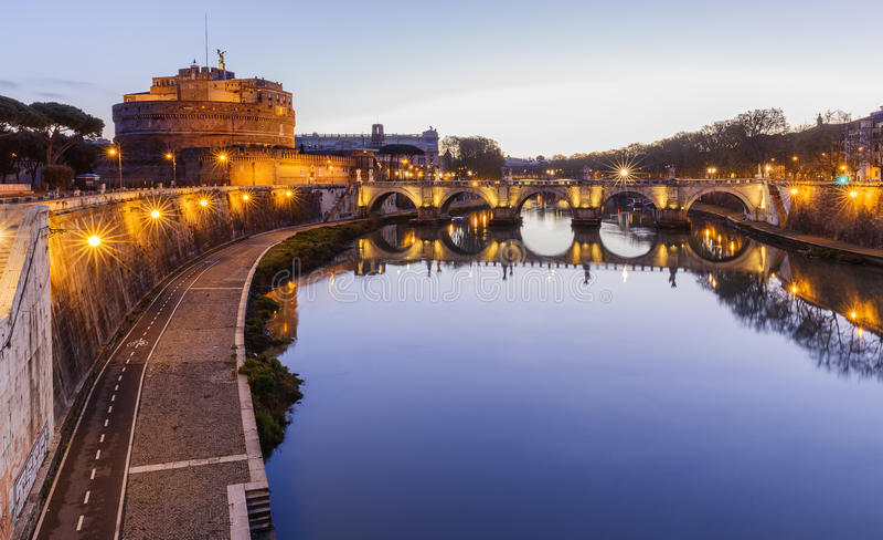 ` Angelo Bridge de Ponte Sant e ` Angelo de Castel Sant imagens de stock