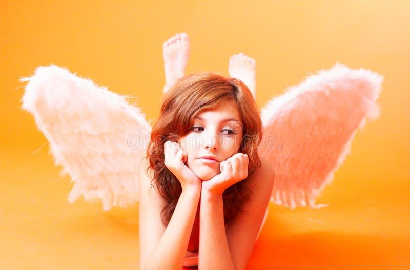 Angelo con le ali spante immagini stock libere da diritti