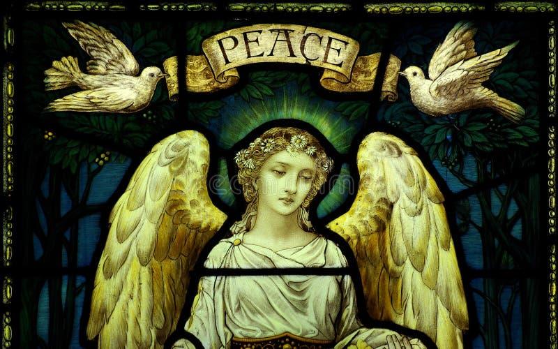 Angelo con le colombe e la pace immagini stock libere da diritti