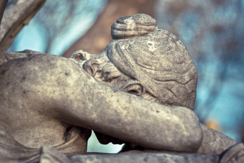 Angelo della statua di dolore immagini stock libere da diritti