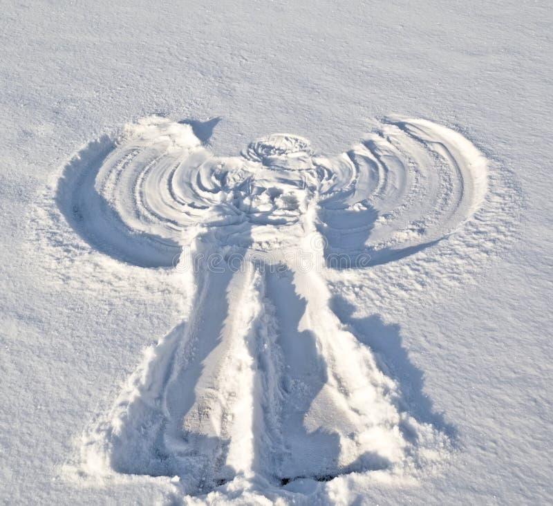 Angelo nella neve. fotografie stock libere da diritti