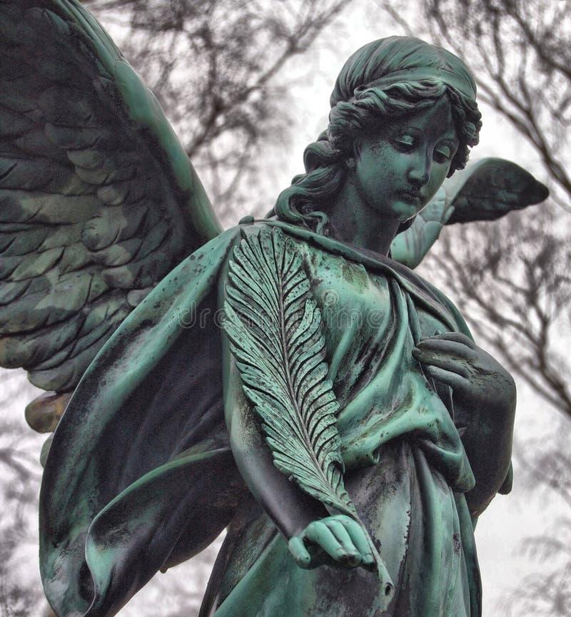 Angelo sul cimitero fotografia stock