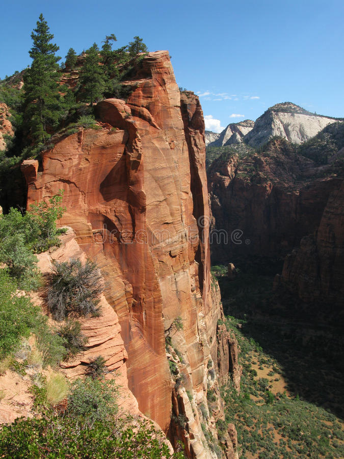 Free Angels Landing Trail Royalty Free Stock Photo - 11465605
