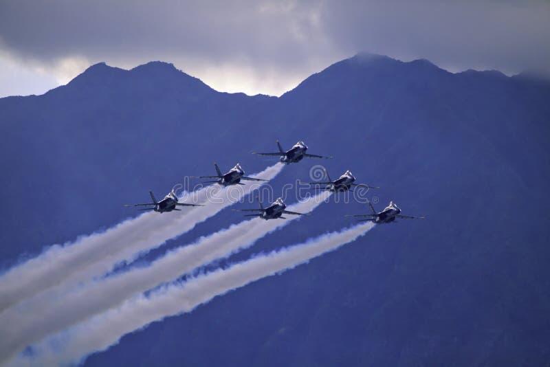 Anges bleus en vol image libre de droits