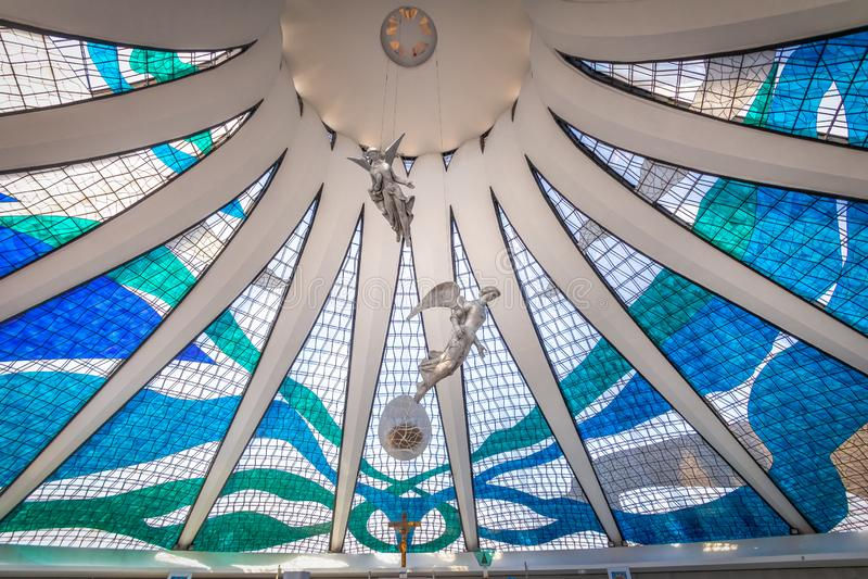 Anges de plafond de cathédrale de Brasilia - Brasilia, Brésil photos stock