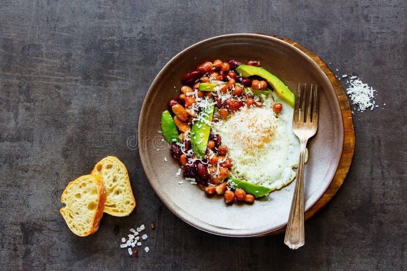 Angielski śniadanie w talerzu obrazy stock