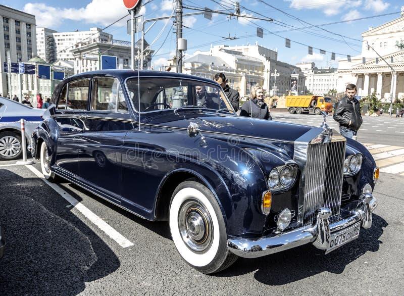 Angielski motorowy samochód Rolls-Royce Phantom obraz stock