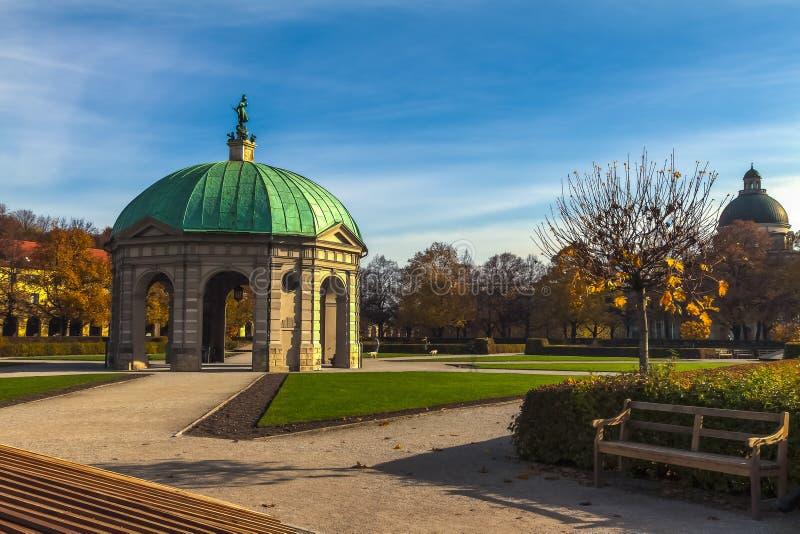 Angielszczyzna ogród w Munchen zdjęcia royalty free