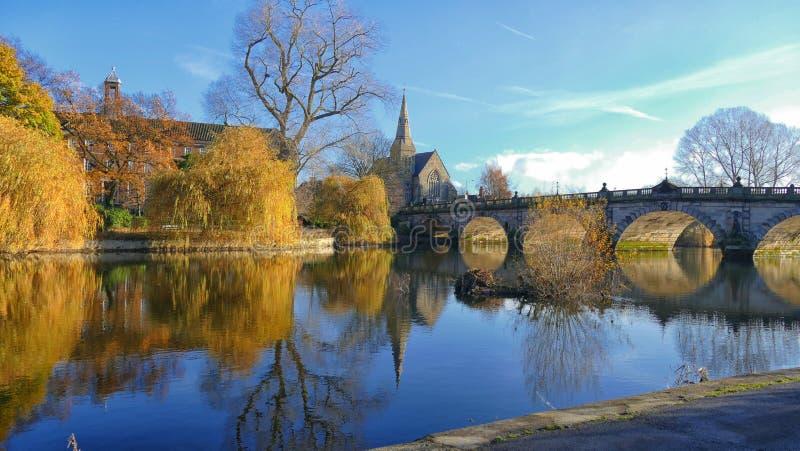 Angielszczyzny Przerzucają most Shrewsbury zdjęcia royalty free