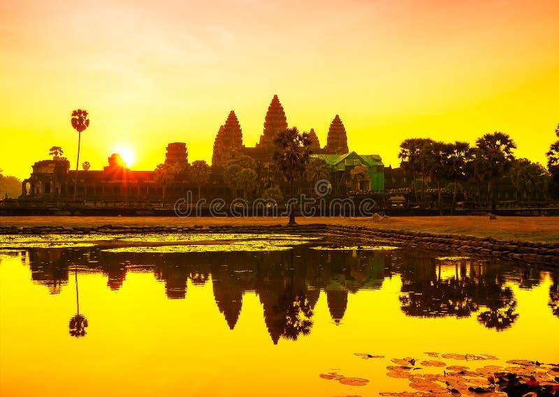 angkor Камбоджа ужинает wat восхода солнца siem Камбоджа стоковые фотографии rf