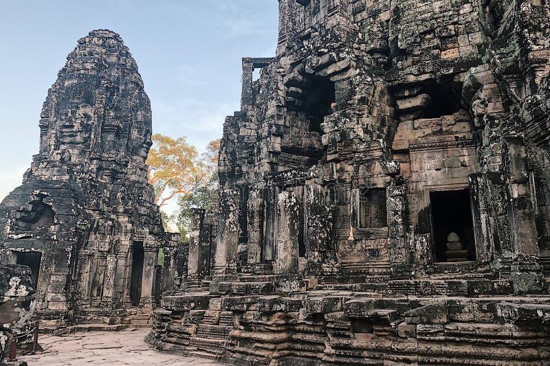 angkor bayon ?wi?tyni thom zdjęcie royalty free