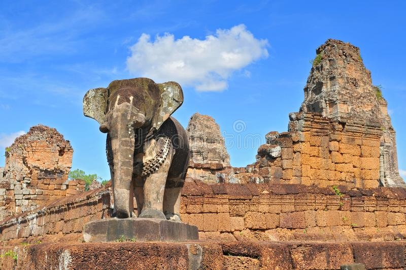 Angkor, East Mebon Temple Siem Reap, Kambodja arkivfoton